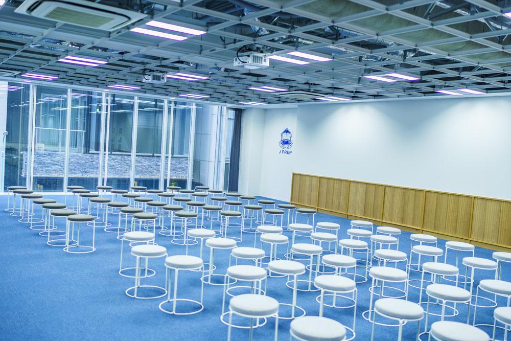 J PREP渋谷校本館 2階