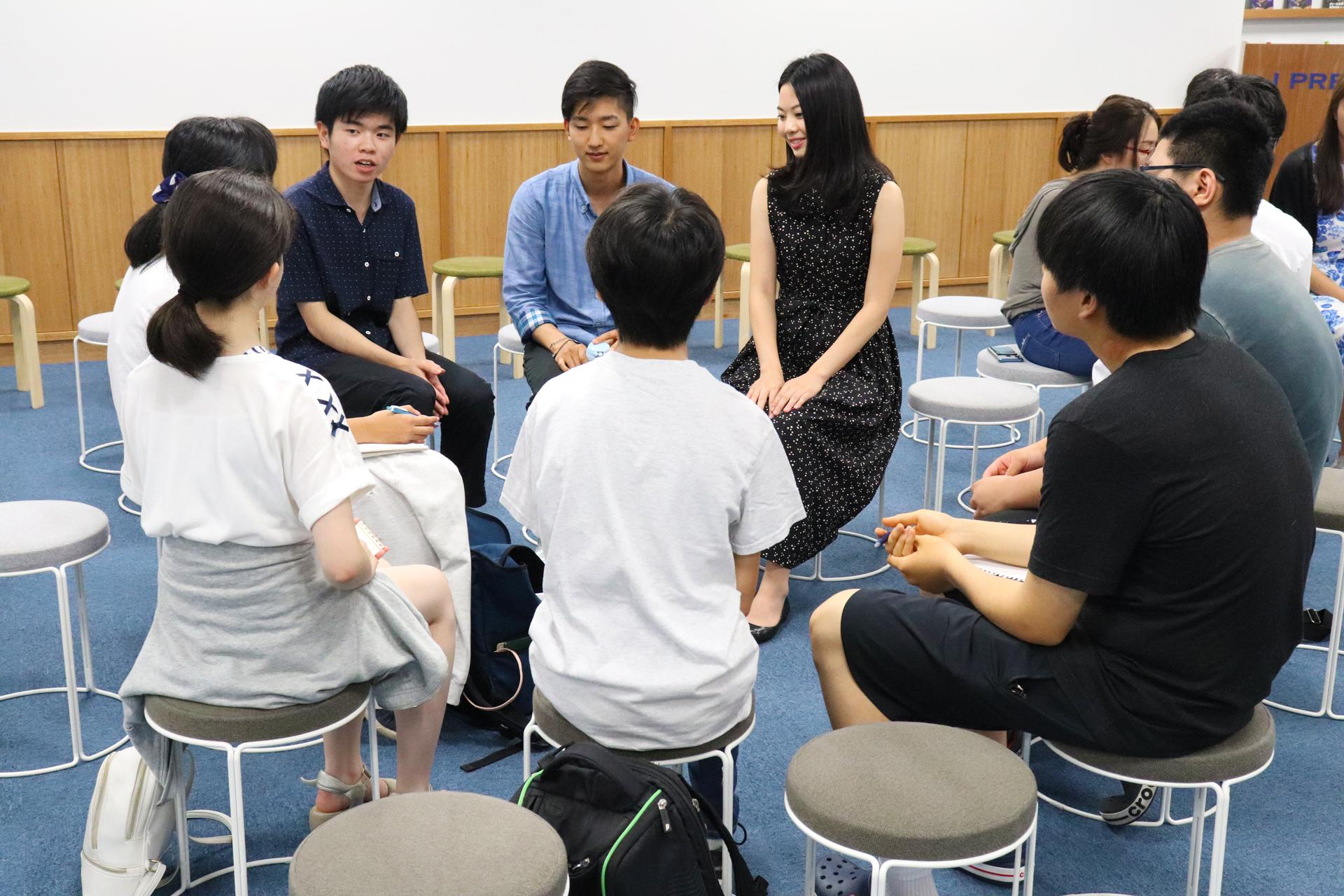 卒業生座談会02