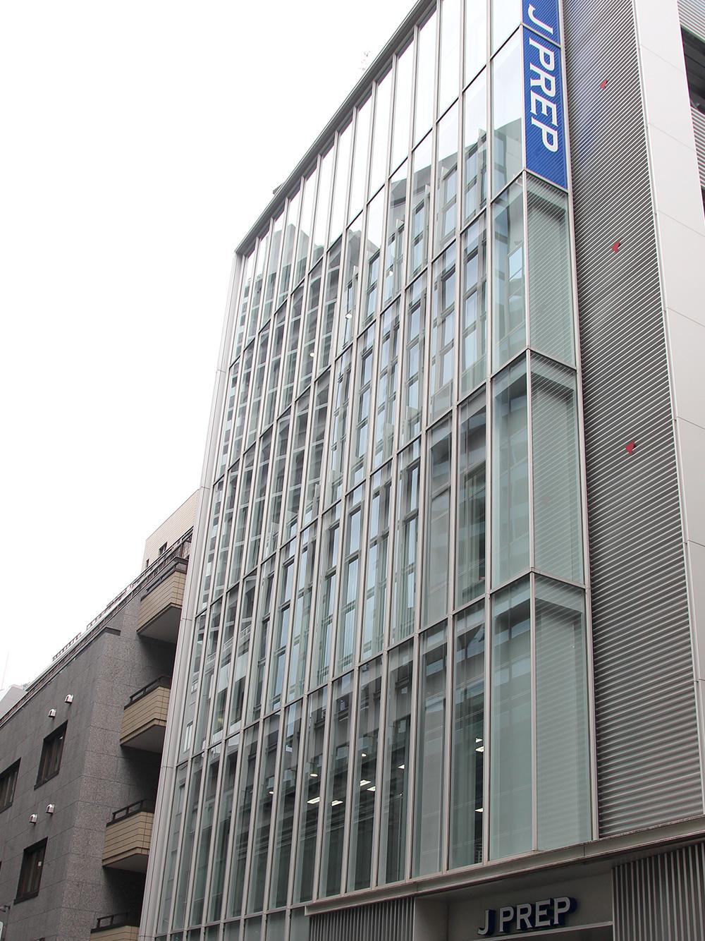 渋谷校 本館 J PLAZA